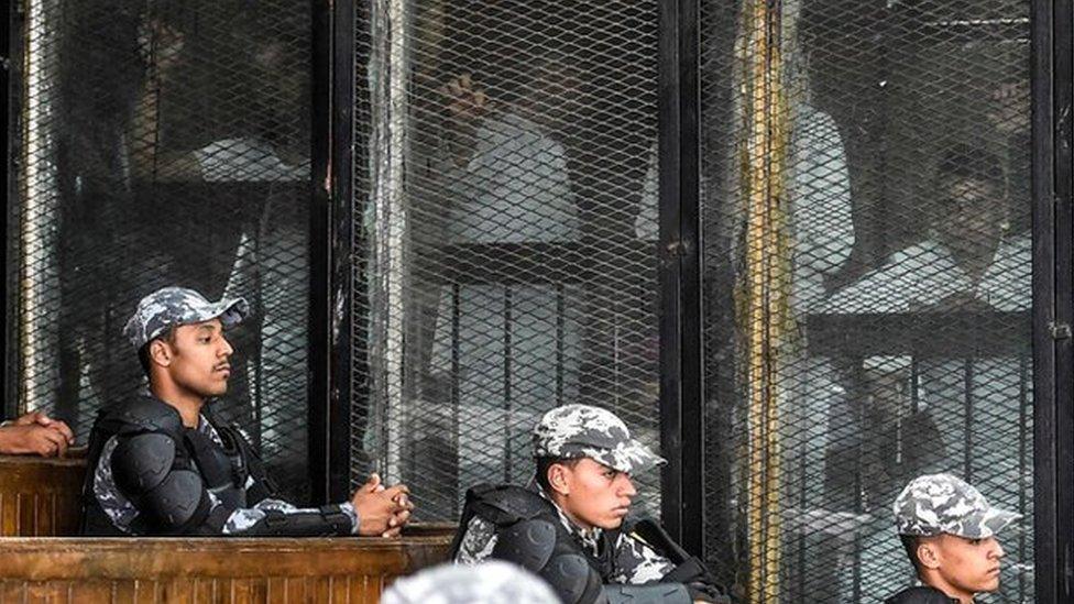 Egypt Court Sentences 75 to Death Over 2013 Pro-Morsi Protests