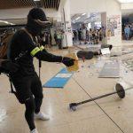 Angry Hong Kong protesters Vandalise Subway Station