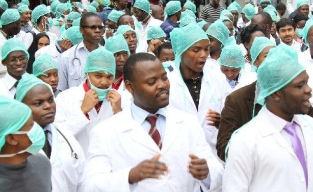 Zimbabwe fires 211 striking doctors