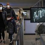 Greece calls for health volunteers to combat virus