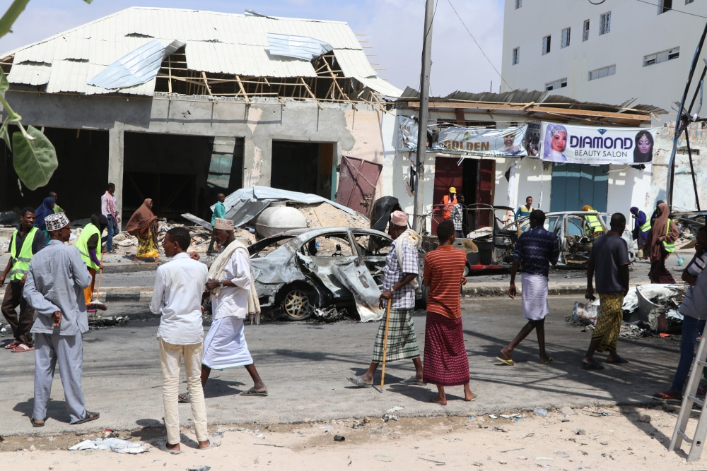 In Somalia - Suicide bombing kills governor, 3 others in Puntland - Police