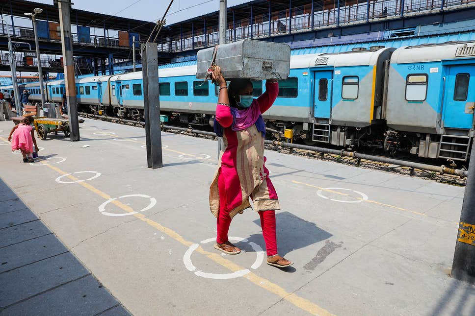 India to use 500 Train Carriages as Coronavirus Wards in Delhi