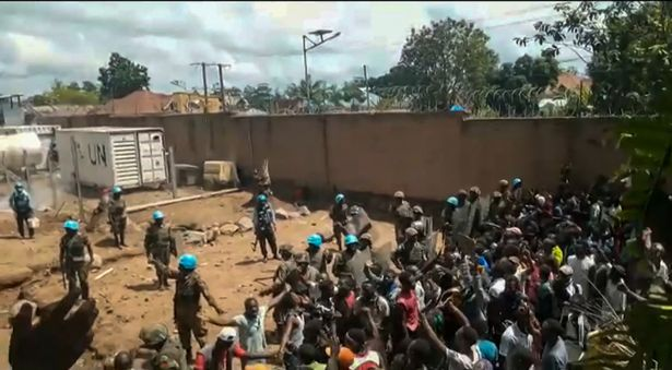Congo: Armed men storm Congo prison, freeing over 900 inmates in coordinated attack