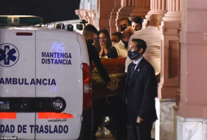Crowd Weeps As Diego Maradona Body Arrives Argentinian President's Mansion (Photos)