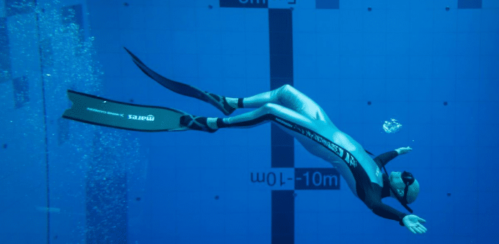 In Poland: World's deepest diving pool opens