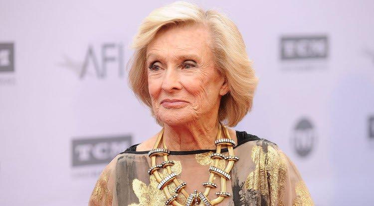 Sad: Emmy & Oscar Winner Actress Cloris Leachman Passes Away At 94