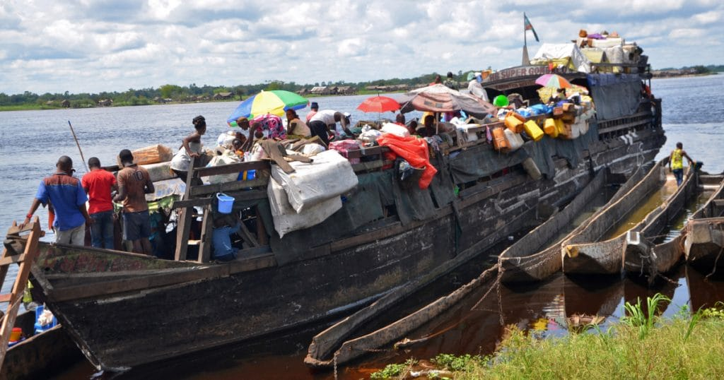 60 dead and hundreds missing in Congo river boat disaster