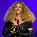 Beyonce Breaks Record Wins 4 Grammy Awards,While Kanye West wins 'Best Contemporary Christian Music Album'