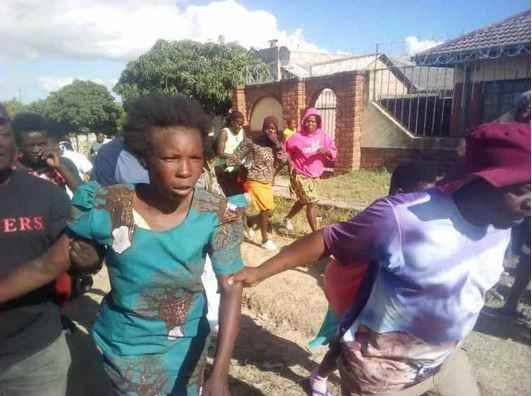 Zimbabwe: Angry Mob Descend on Woman Accused Of Stealing 2 Year Old Child